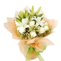 dozen white roses,2 white lilies with green leaves send to vietnam