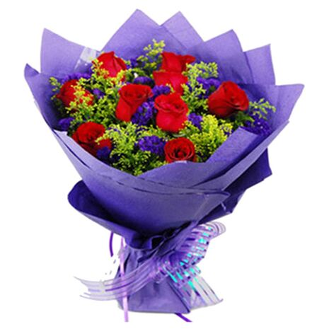 send one dozen red roses bouquet to vietnam