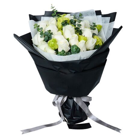 24 stems white roses bouquet to vietnam
